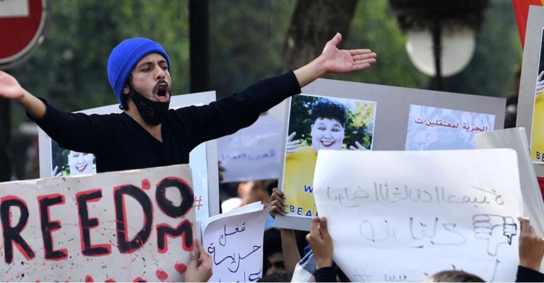 """La """"generación equivocada"""" protagoniza las nuevas protestas en Túnez"""